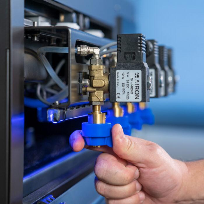 Turning nozzle on Polyprint Pretreater Pro Machine