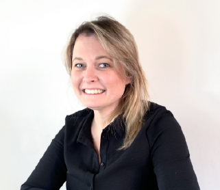 Holly Amaya Sales UK Team Profile Picture